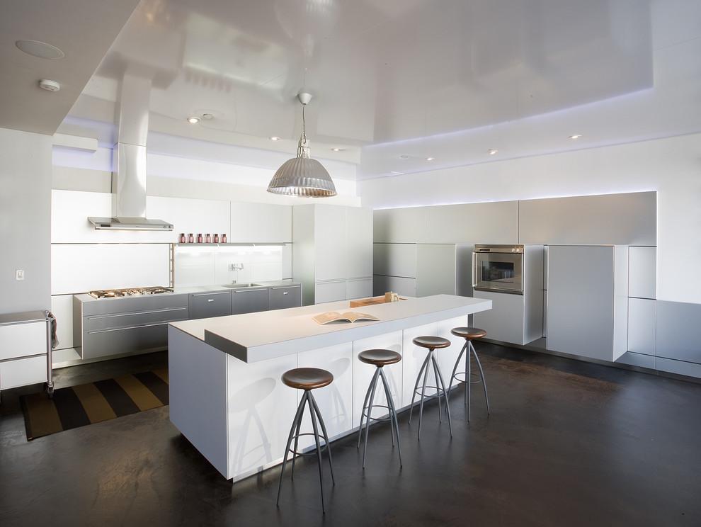 Потрясающий дизайн интерьера кухни в белой гамме от MusaDesign Interior Design