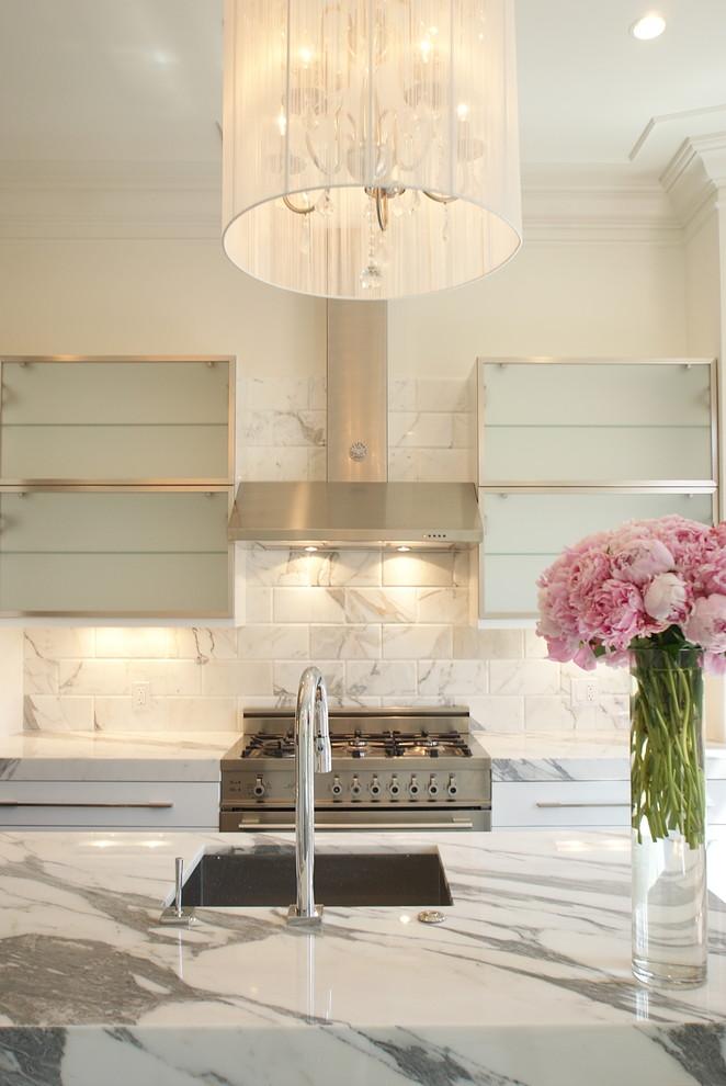 Потрясающий дизайн интерьера кухни в белой гамме от Melissa Miranda Interior Design