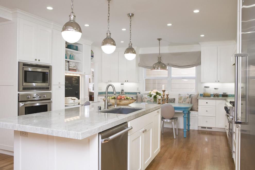 Потрясающий дизайн интерьера кухни в белой гамме от Amoroso Design