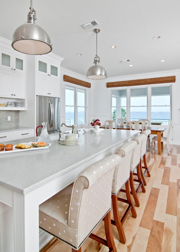 Потрясающий дизайн интерьера кухни в белой гамме от In Detail Interiors