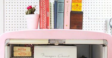 Покраска холодильника в яркий цвет
