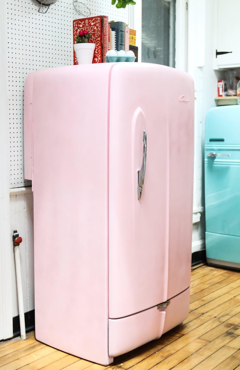Яркий холодильник. Изумительный двухцветный дуэт