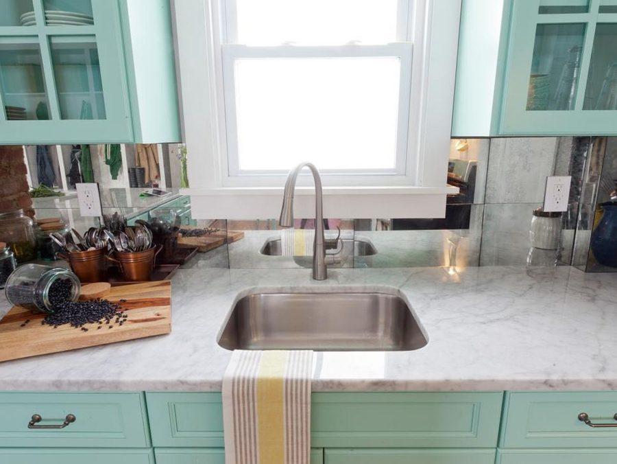Яркие цвета в интерьере кухни - Фото 21