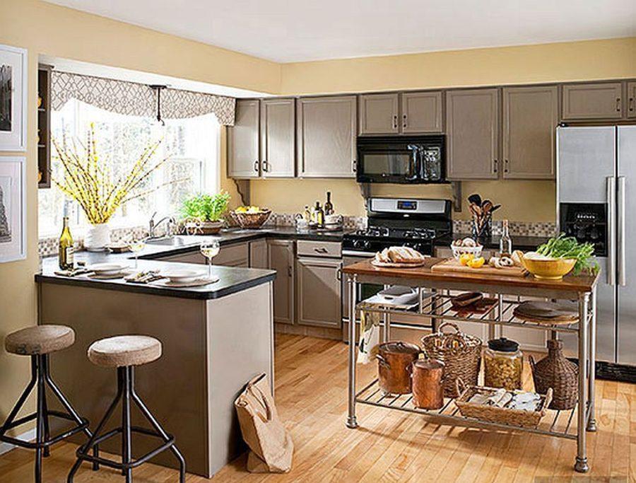 Яркие цвета в интерьере кухни - Фото 22